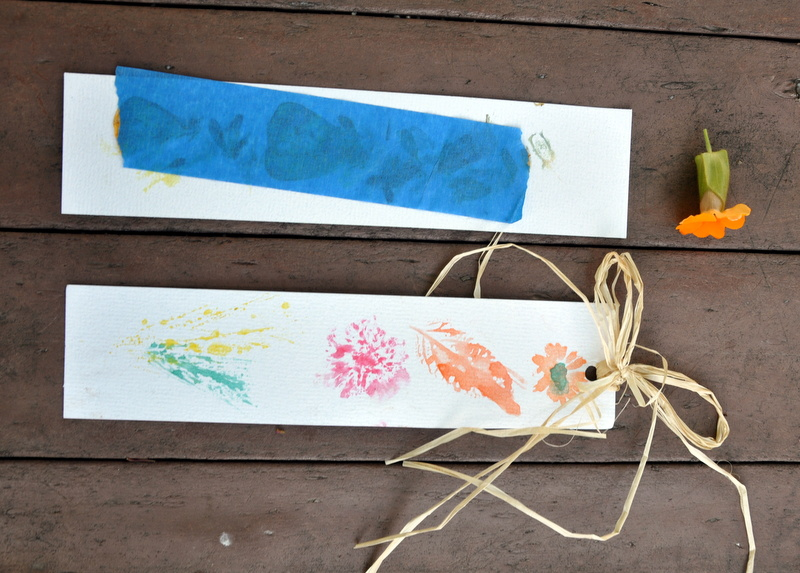 flower-print-bookmark